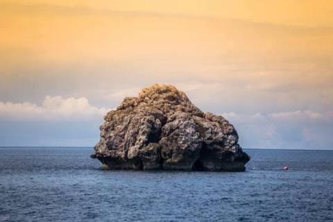 sail rock