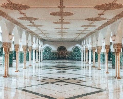 Hassan 2 mosque casablanca morocco ablution hallway