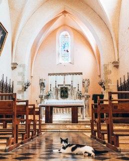 Chateau de Laverdens church altar France