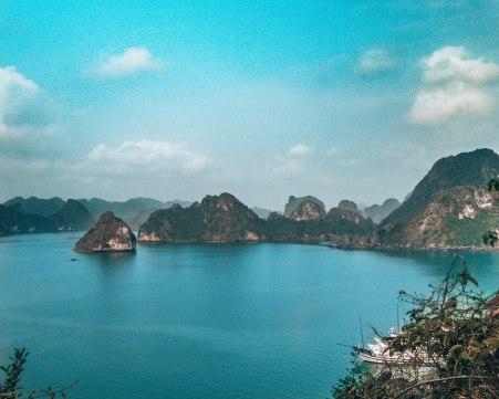 Halong Bai Vietnam
