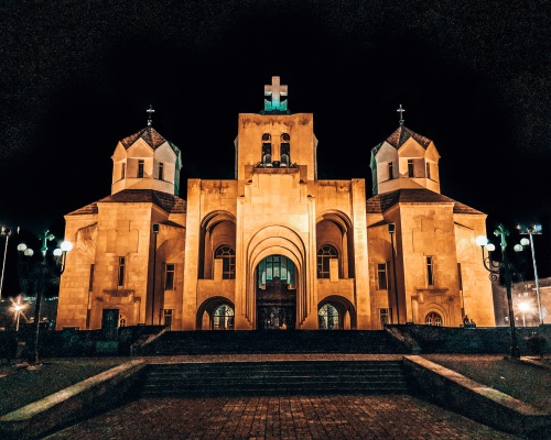 Saint Gregory the Illuminator Cathedral at night Yerevan Armenia.jpg