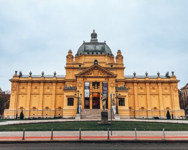 Lenuci Horseshoe Art Pavillion Zagreb Croatia