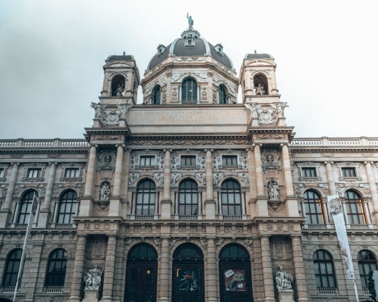 Look at this beautiful architecture in Vienna, Austria