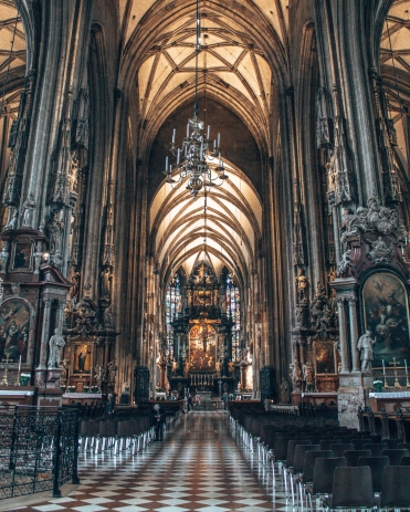 Take a look inside the St-Stephen's Cathedral in Vienna, Austria